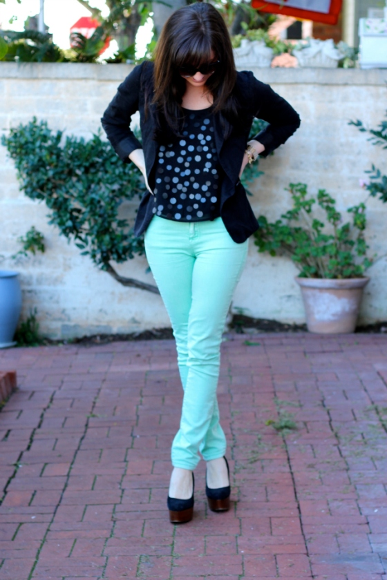 NookAndSea-Sara-Bacon-Glitter-&-Grace-Blog-Fashion-Orange-County-California-Beach-Style-Street-Sequins-Mint-Green-Jeans-Pants-Bangs-1