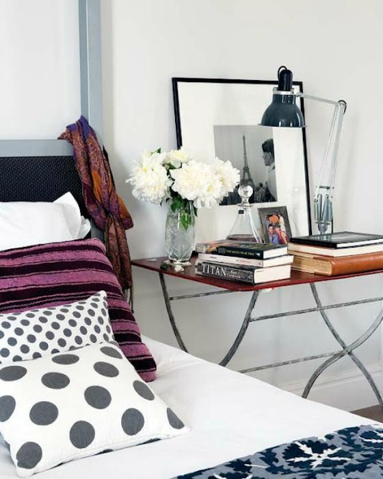 NookAndSea-Alternative-Nightstand-Idea-Metal-Leg-Table-Wood-Feminine-Glam-Flowers-Books-Lamp-Frame-Polka-Dots-Bedroom