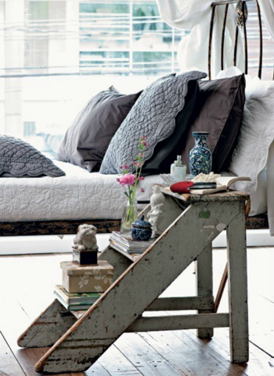 NookAndSea-Nightstand-Ladder-Idea-Alternative-Bedside-Storage-Table-Bedroom-Grey-Rustic-Step-stool