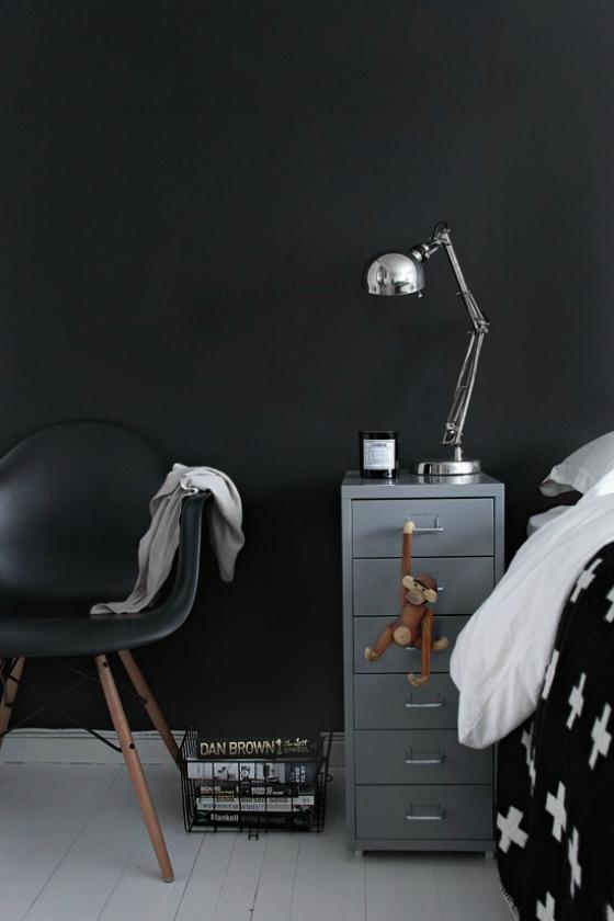 NookAndSea-one-bedroom-4-different-nightstands