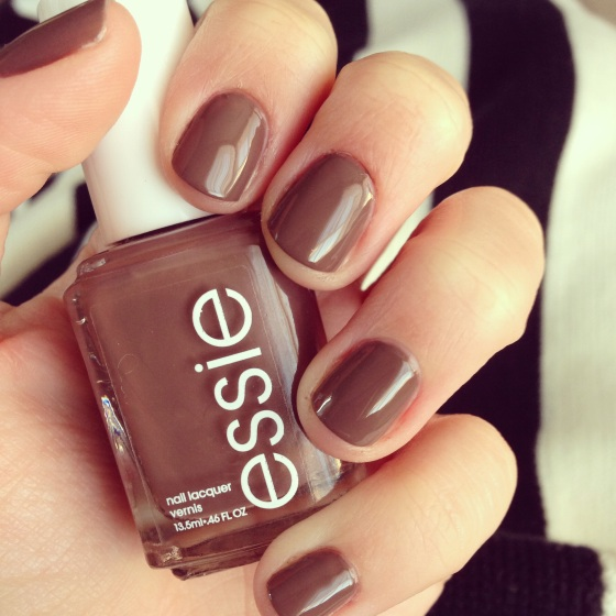 NookAndSea-Essie-Nail-Color-Brown-Mink-Muffs-Neutral-Earthy-Fall-Winter-Hue